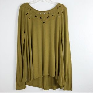 Old Navy Long Sleeve Swing Cutwork In A Pickle Top